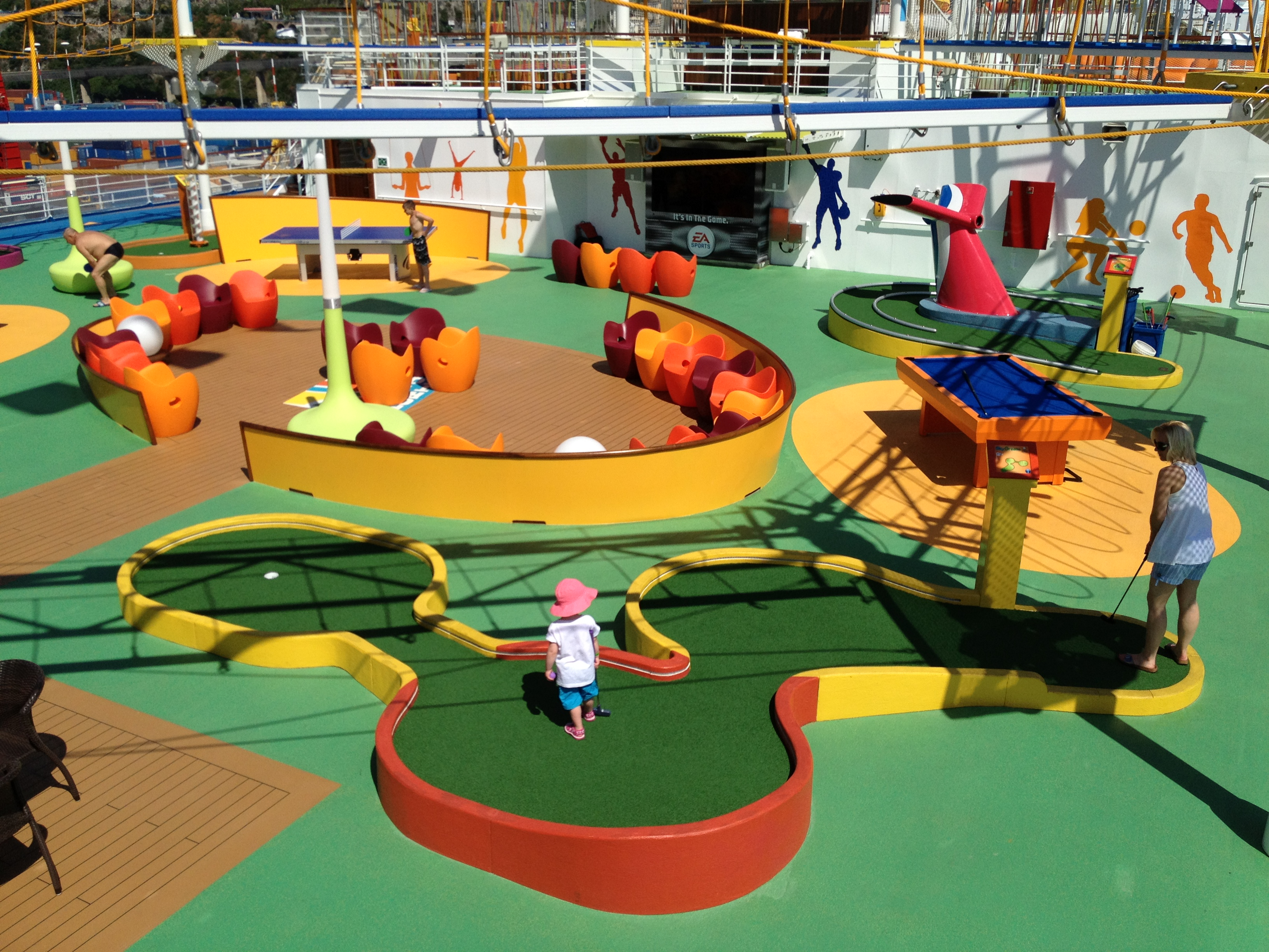 Carnival Breeze Mini Golf By Southwest Greens Artificial Grass Amp Turf Southwest Greens