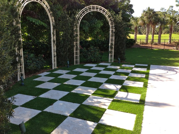 Beautiful job completed in old palm palm beach gardens for Checkerboard garden designs