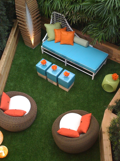 modern patio ideas with artificial grass in florida