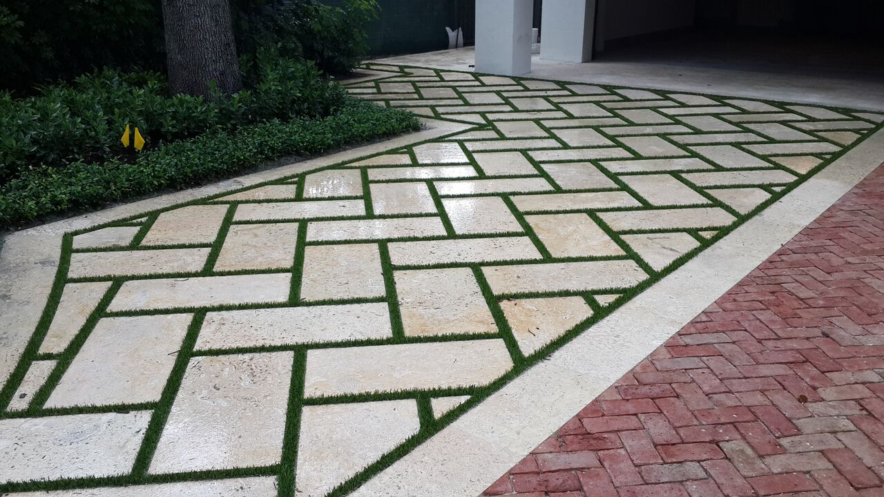 boost your curb appeal with synthetic lawns in miami