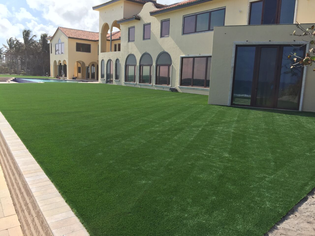 are synthetic lawns in orlando good for the environment