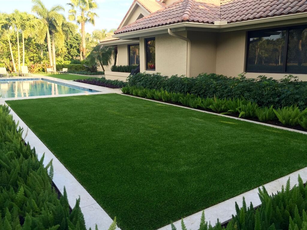 is artificial grass a type of easy grass in florida