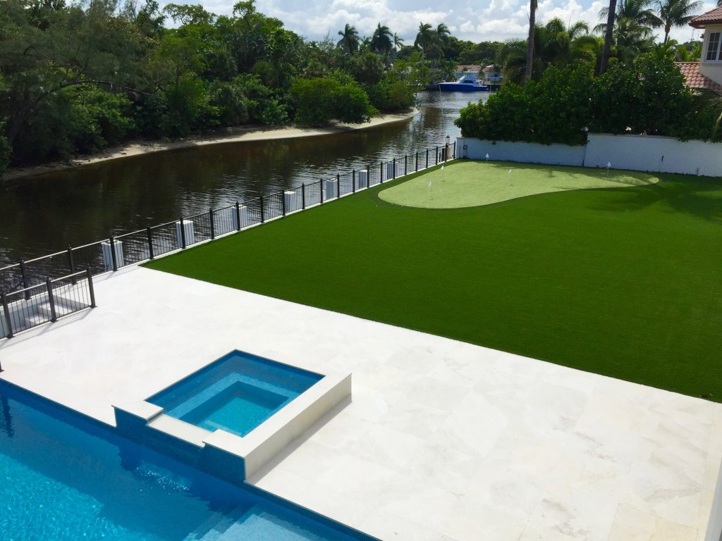 is artificial grass in florida a good idea with pets