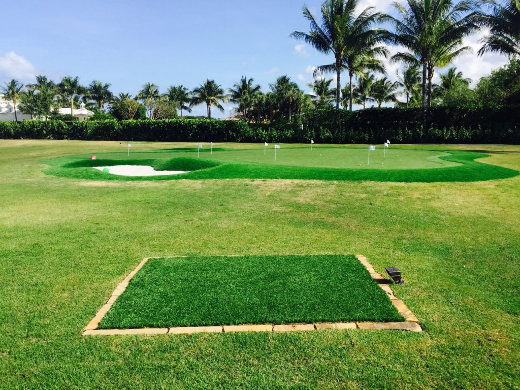 are synthetic lawns in miami good options for golfers