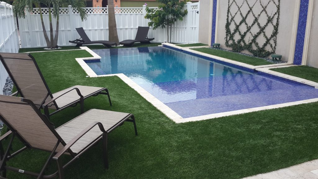 how can i maintain my artificial turf in miami