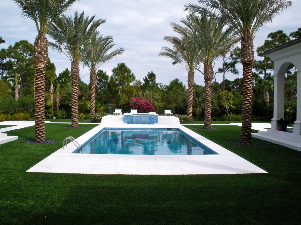 can i have fake grass for yard in florida with a pool