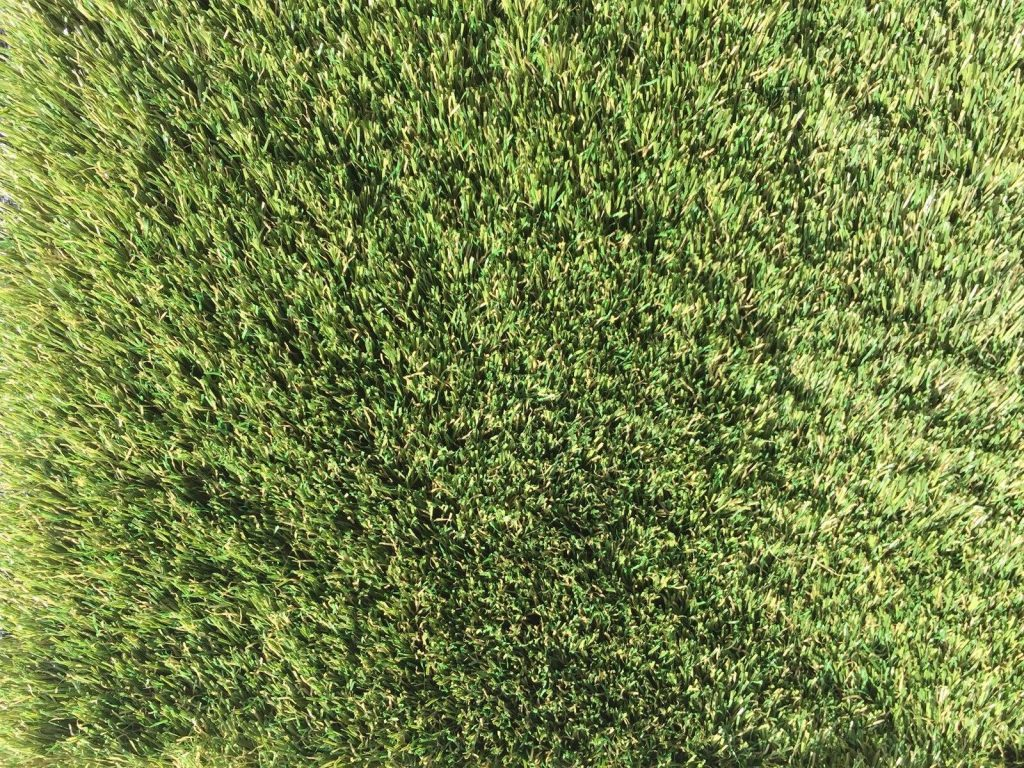 where is the best artificial turf miami?